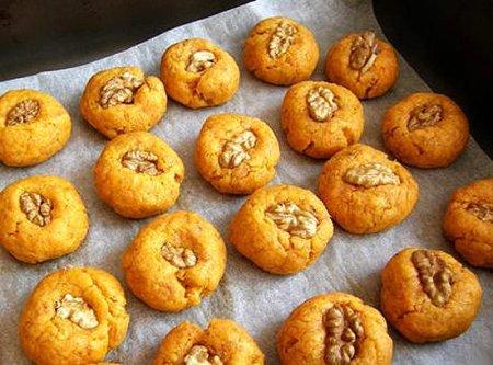 Морковное печенье с грецкими орехами