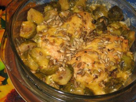 Рецепт Запеканка с куриными грудками и брюссельской капустой