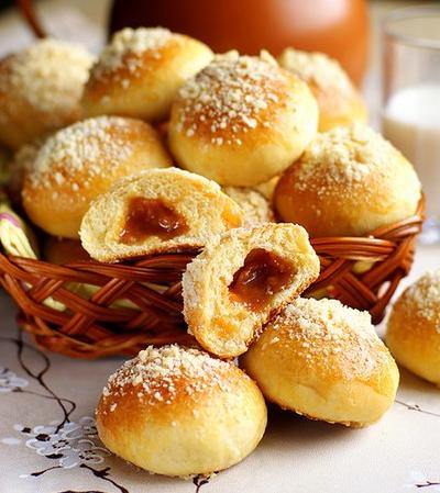 Рецепт Булочки с карамелью