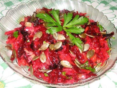 Рецепт Винегрет с черносливом и тыквенными семечками