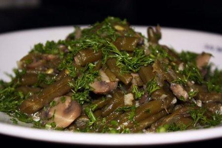 """Рецепт Салат из зеленой фасоли с шампиньонами """"Вечерний"""""""