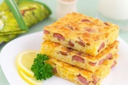 Рецепт Пирог с сыром и сосисками