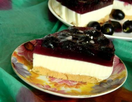 Рецепт Торт-желе с черным виноградом