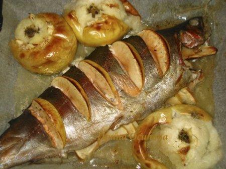 Рецепт Форель с яблоками