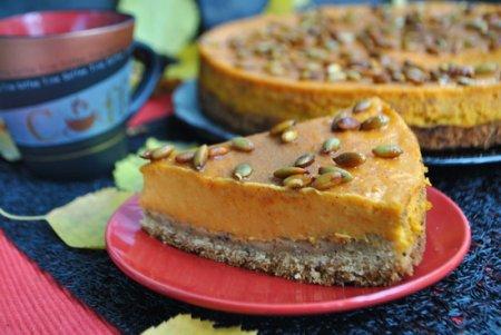 Рецепт Тыквенно-кремовый торт на ореховом корже