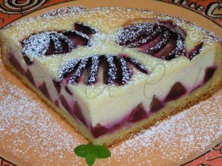 Рецепт Сливовый пирог с творогом