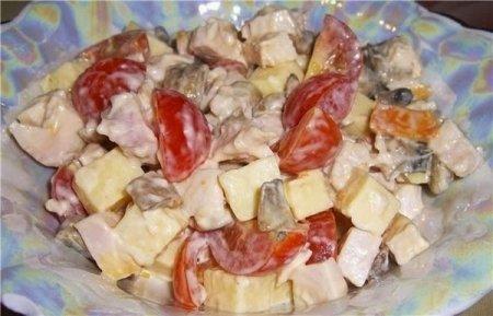 """Рецепт Салат с копченной курочкой """"Аппетит"""""""