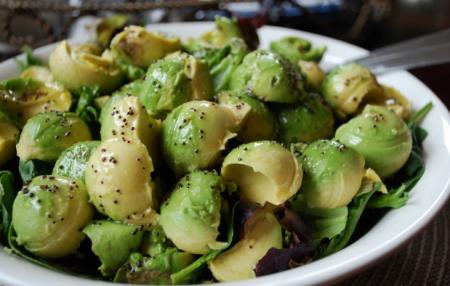 Рецепт Cалат из салатных листьев с авокадо