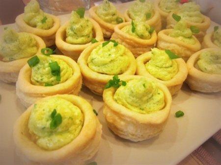 Рецепт Волованы - пикантная закуска французского происхождения