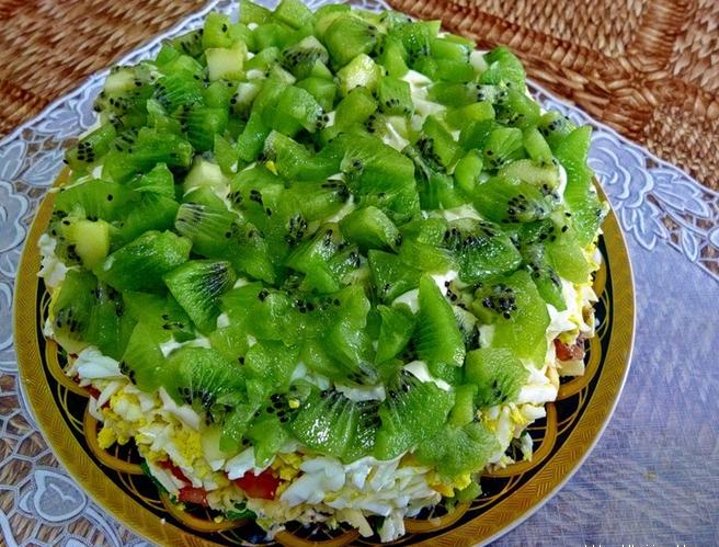салат изумрудный с киви фото рецепт