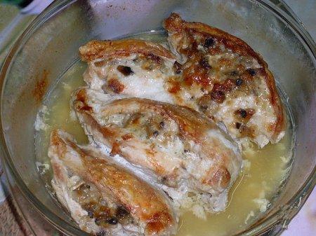 Куриные грудки, фаршированные грибами