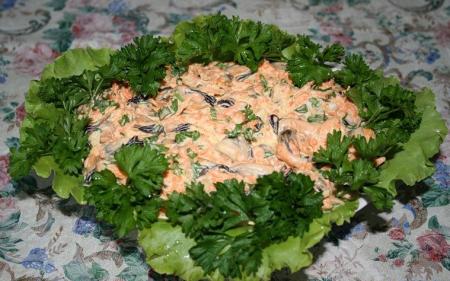 Салат из мидий с майонезом