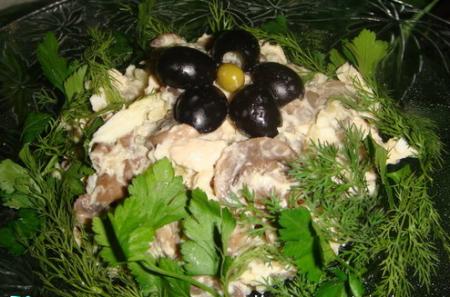 """Рецепт Салат """"Дубки """"(грибной)"""