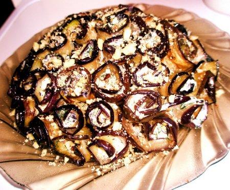 Рецепт Закусочные  баклажаны с чесноком, орехами и пармезаном
