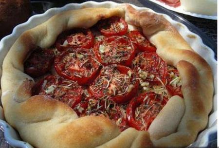 Рецепт Пирог с томатами, рикоттой и прованскими травами