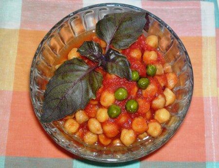 Рецепт Нут в томатном соусе