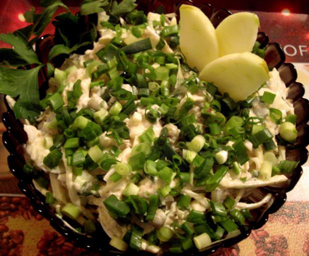рецепты салатов из горбуши консервированной