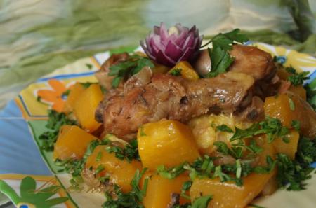 Рецепт Тушеная пряная курица с тыквой
