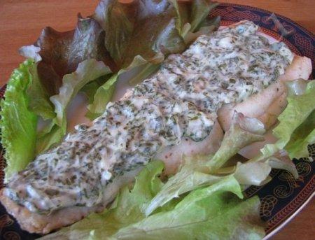 Рецепт Нежная рыбка под щавелевым соусом