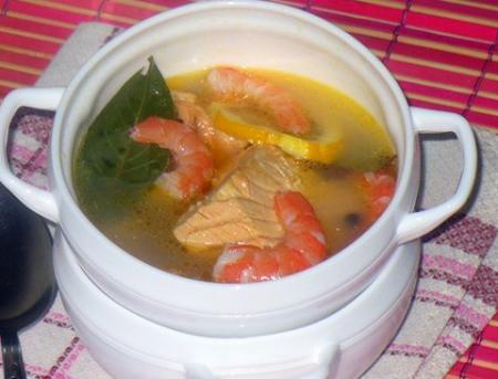Рецепт Рыбный суп из форели с креветками