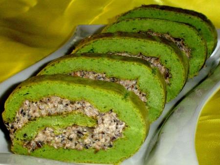 """Рецепт Закусочный рулет """"Зеленый при зеленый..."""""""