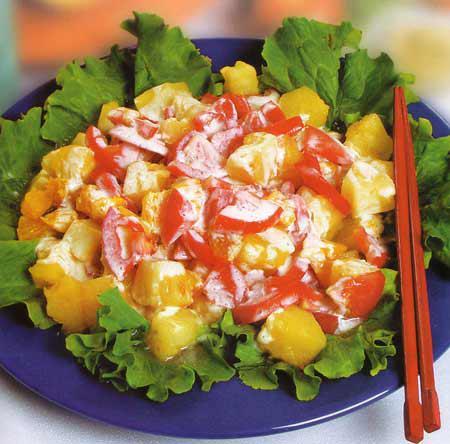 Рецепт Салат из помидоров с апельсинами и ананасами
