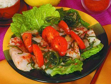 Рецепт Салат из морского языка с помидорами и морской капустой