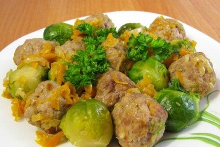 Рецепт Брюссельская капуста с фрикадельками