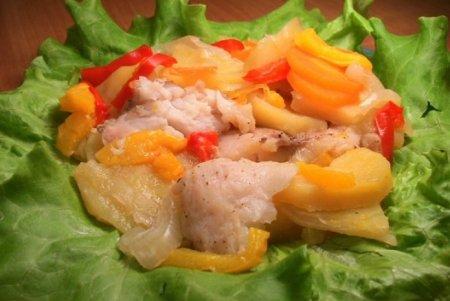 Рецепт Рыба с картофелем, запеченная в фольге