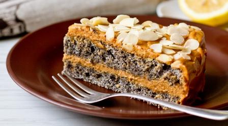 Рецепт Маковый торт с кремом из вареной сгущенки