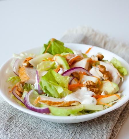 Самый вкусный салат сезонно европейский летний стиль