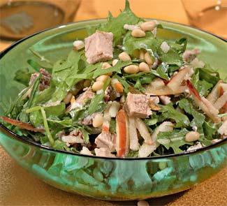 Рецепт Салат из свиного окорока с грушами
