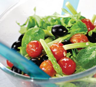 Рецепт Салат с жареными помидорами и спаржей