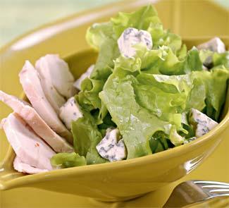 Рецепт Зеленый салат с курицей и голубым сыром