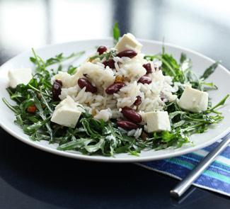 Рецепт Теплый салат из риса с фасолью и козьим сыром