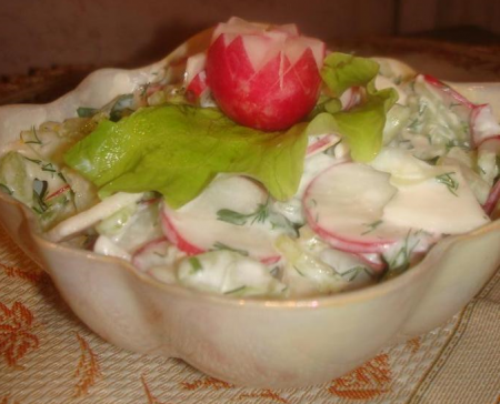 Рецепт Легкий салат с брынзой