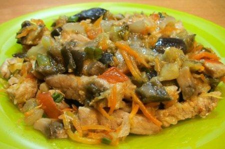 Рецепт Свинина, тушенная с овощами и грибами