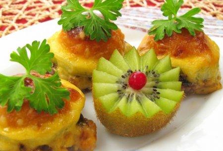 Рецепт Говядина, жаренная с киви и абрикосами