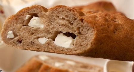 Рецепт Гречневый хлеб с орехами и брынзой