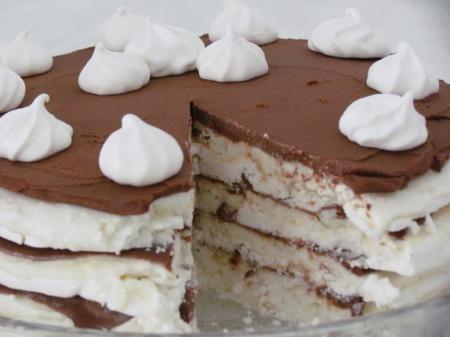 Рецепт Шоколадный торт с нежнейшим безе
