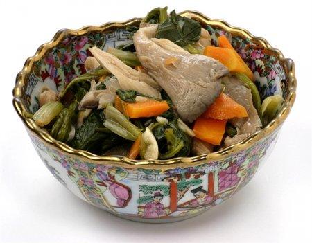 Рецепт Салат из вешенок и шпината