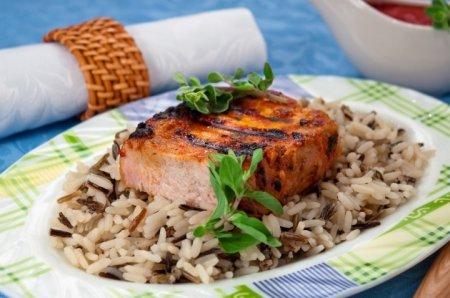 Рецепт Свинина в томатном соусе, жаренная на гриле