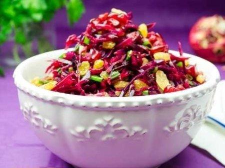 Рецепт Салат из краснокочанной капусты с гранатовым соком