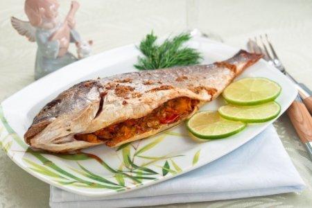 Рецепт Дорада, фаршированная овощами