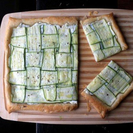 Рецепт Открытый пирог из слоеного теста с цуккини и рикоттой