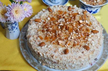 Рецепт Торт медовик с яблочно-карамельным кремом