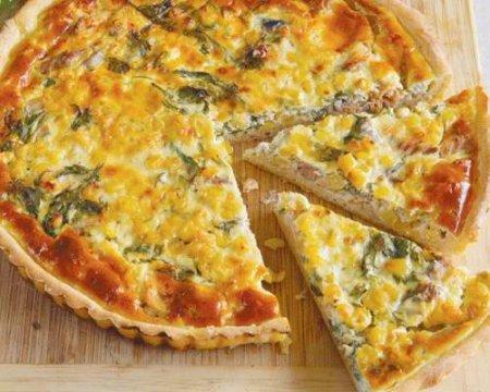 Рецепт Открытый пирог с копченой рыбой и кукурузой