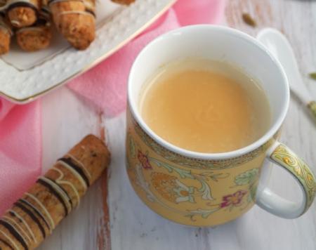 Рецепт Имбирный чай с молоком