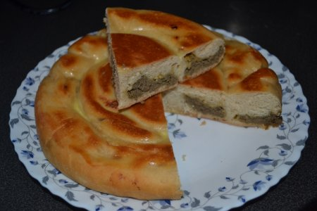 Рецепт Пирог-улитка с печенью в мультиварке