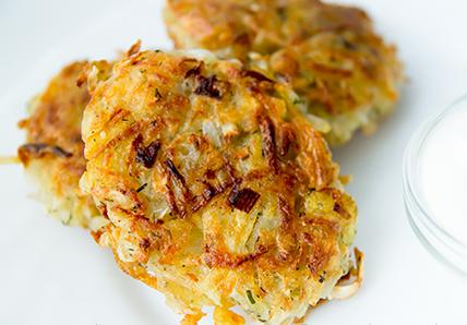 Рецепт Драники из сельдерея и картофеля